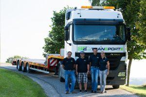 Gütertransporte mit Tieflader
